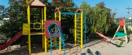 игровая площадка для отдыха с детьми в Затоке